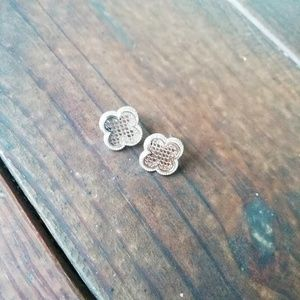 HYPO ALLERGENIC ACRYLIC AND GOLD STUD EARRINGS